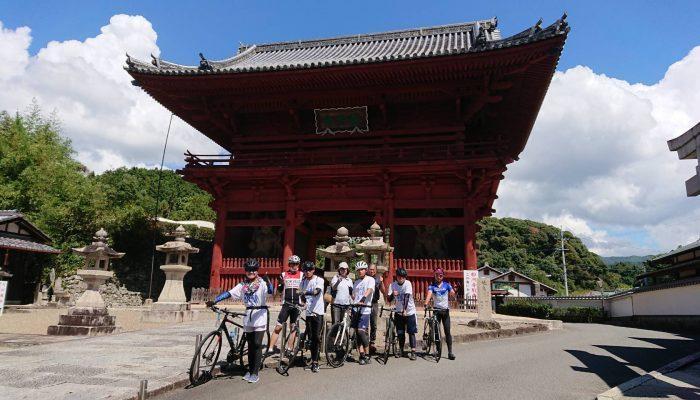 初の県独自開催 地元のサイクリング協会のメンバーも縦走に参加